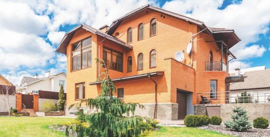 Добротный и надежный дом в Запорожье